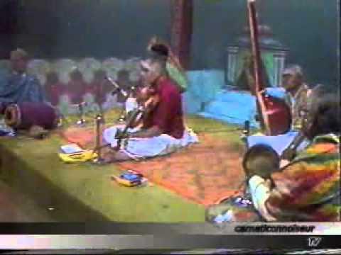 Kunnakkudi Vaidyanathan Violin- Film Song-Chinna Rasave- Walter Verrivel  -Courtesy Pothigai TV