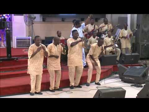 KING SUNNY ADE EXPRESSION AT PRAISE EXTRAVAGANZA - FREEDOM DANCE