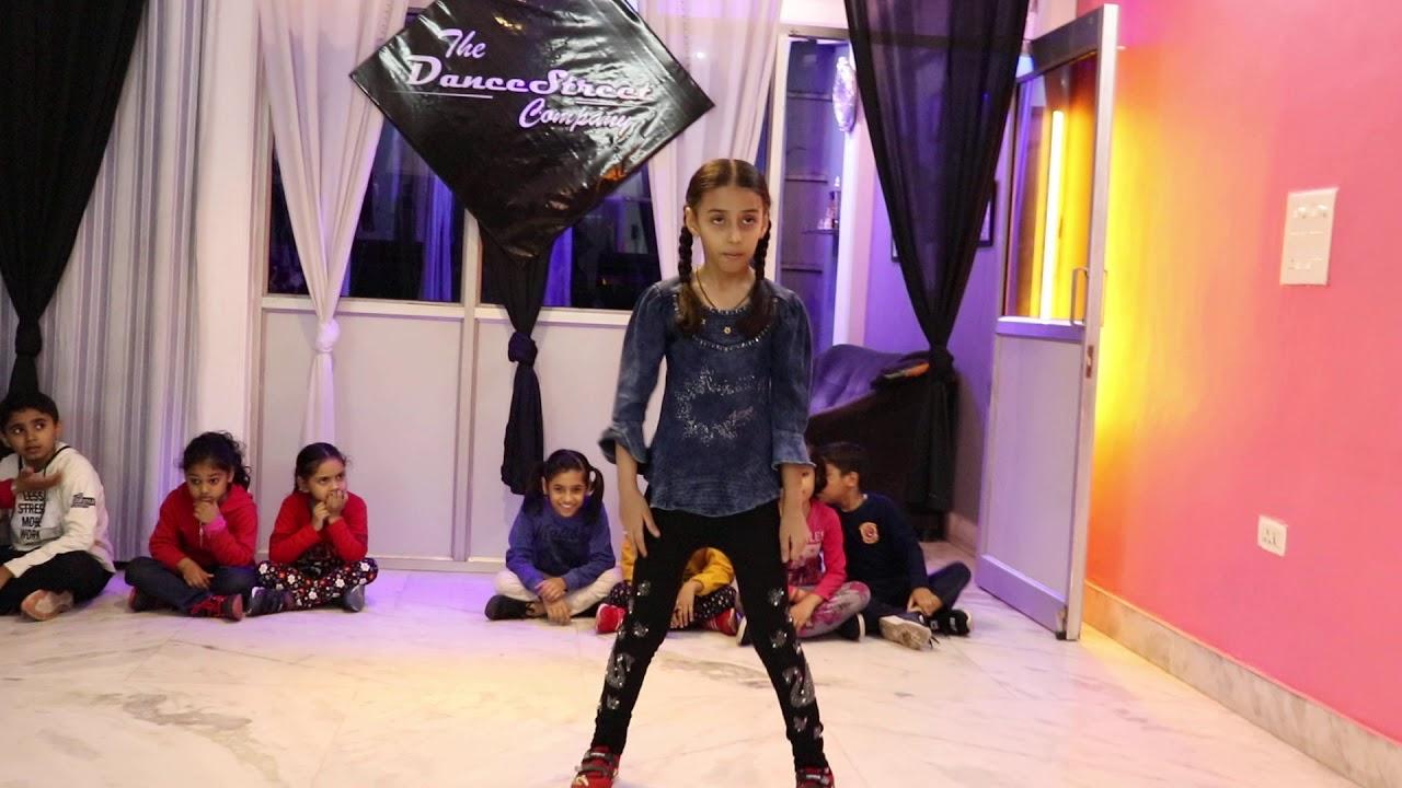 Ankhiyon Se Goli Mare   Anshika   The Dance Street Company   T-Series , Pati patni aur woh