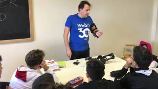 """A lezione di futuro: gli studenti dell'Itis """"Jannuzzi"""" incontrano l'inventore Fabrizio Granieri"""
