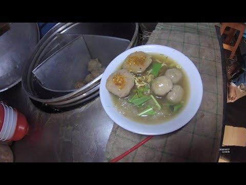 Indonesia Palembang Street Food 3651 Part.1 Bakso Pedjuang Pedes Nian YDXJ0792