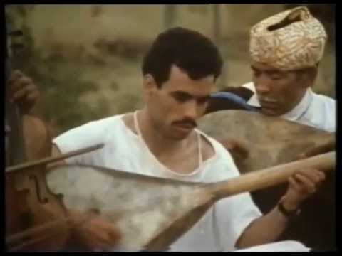 "ⵣⴰⵀⵊⵓⴽⴰ - Jahjouka - ""Zikraiyat Abi"" (""Memories of My Father"") - Master Musicians of Jajouka"