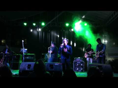 Saturday Ice Cream band - Inikah Cinta (IRespect Komahi UMY 2015)