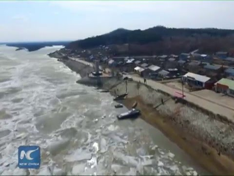 Gorgeous view! Ice melts in river on Russia-China border