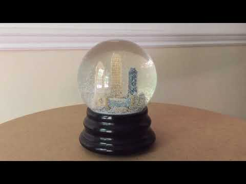 Cincinnati Musical Snow Globe