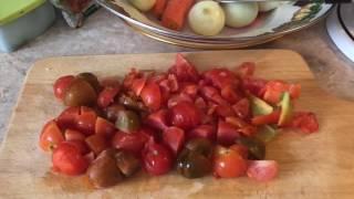 Постный обед из 3 - х блюд ( борщ , фасоль с овощами , гречка с грибной подливкой )и гарнир