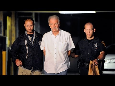 Pastor Terry Jones arrested as he plans to burn 3,000 Qur