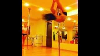 уроки стрипластики для начинающих - Школа танцев Pole Dance Queen - Шумкова Александра