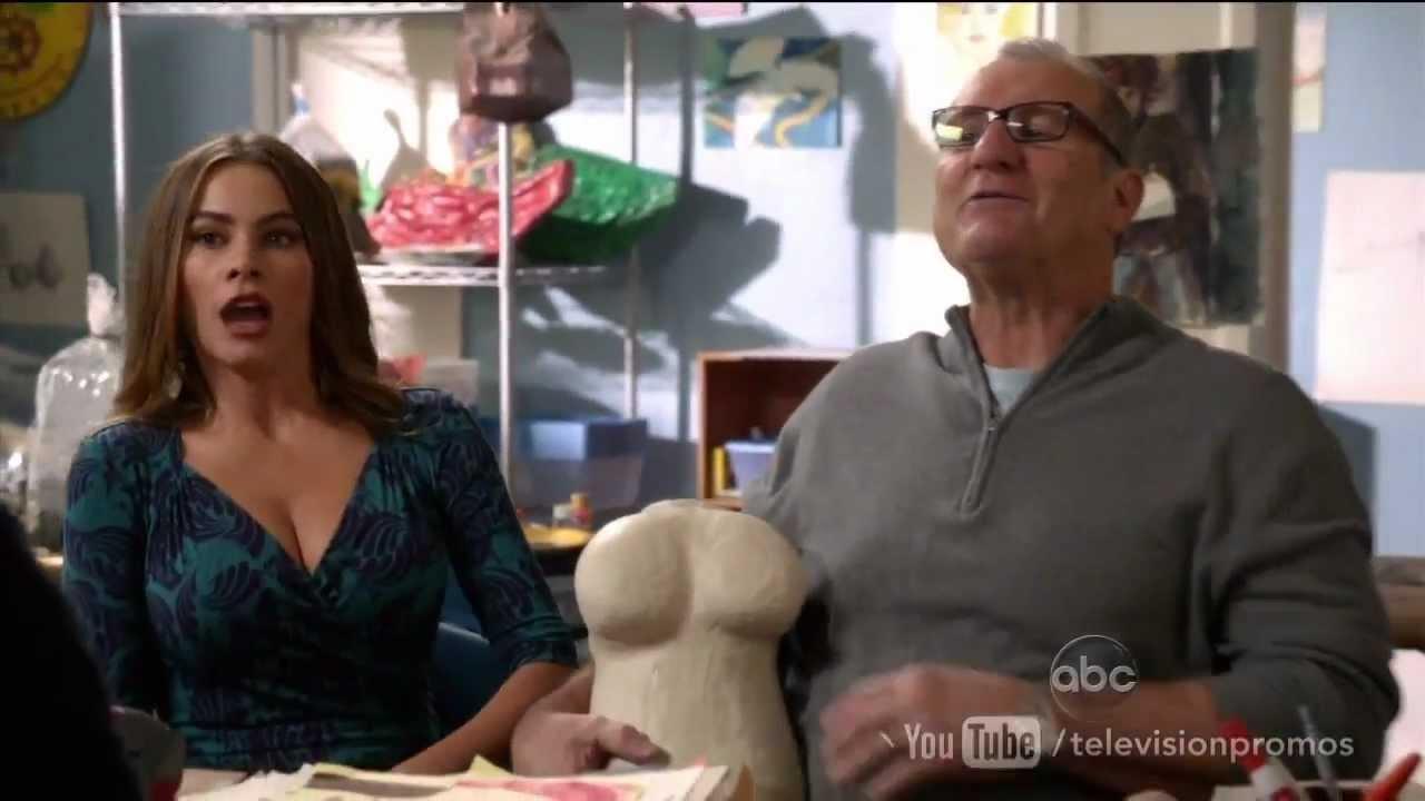 Download Watch Modern Family Season 4 Episode 17 Promo 'Best Men' (HD)