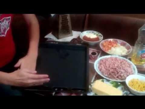 Простой рецепт пиццы с колбасой