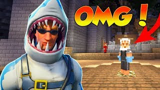 OMG FORTNITE'S BATTLE ROYALE CHOMP SR. SKIN IS IN MINECRAFT! || MINECRAFT- CAPTURE THE FLAG!