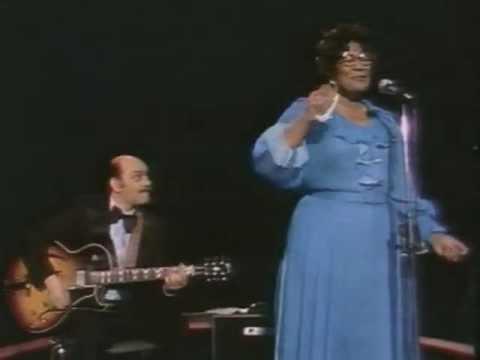 Ella Fitzgerald + Joe Pass 1976 Hamburg - Perdido