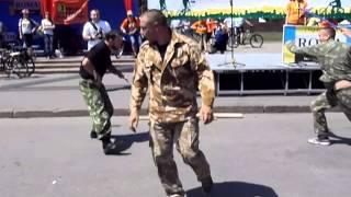 РУБИ-Русское Боевое Искусство.Выступление 19.05.13 площадь Свободы.