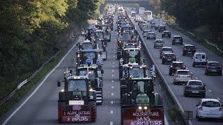 باريس: مظاهرة الجرارات الزراعية !