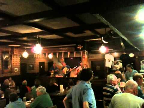 Live Irish Music @ Danny Mann's Pub #3