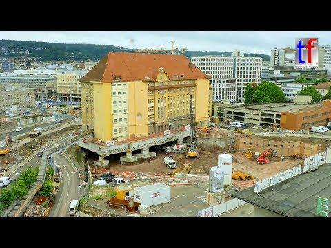 Stuttgart 21: Lifting / Anheben von 15000 t - Bundesbahndirektion im Schwebezustand, 27.07.2017.