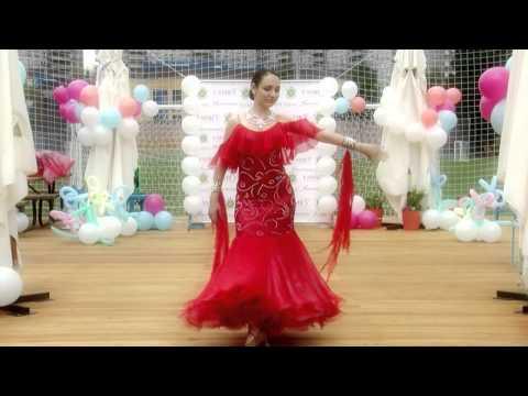 Показ платьев для бальных танцев от Sivakova.com