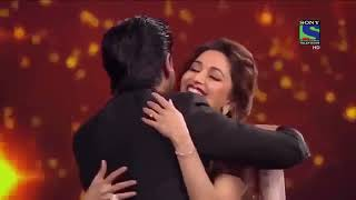 Shah Rukh Khan   Kapil Sharma's Best Comedy   Romance with Madhuri Dixit at Film Fare Awards