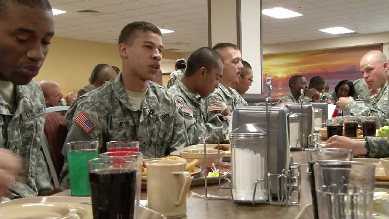 Fort lee dining facility is largest in the army youtube for Missouri s t dining hall hours