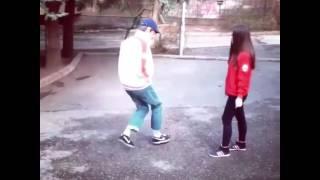 Мальчик и девочка танцуют(, 2016-07-30T12:21:56.000Z)