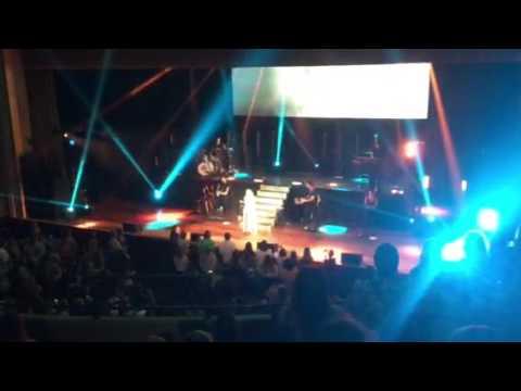 """Sabrina Carpenter """"WHY"""" live in Nashville"""