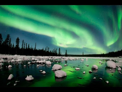 Northern light in Swedish Lapland - real time video!