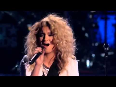 Tori Kelly - Who's Loving You High Note (BET Awards 2015)