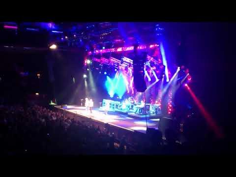 Status Quo Rocking all over the world, Brighton Centre, 2014-12-20