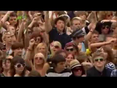 Paolo Nutini - Isle of Wight -Jenny Don't Be Hasty.wmv