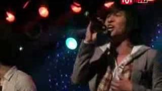 먼데이키즈 Monday Kiz - 가슴으로 외쳐 (Shout With Your Heart) (Feat. Rhymer) (live)