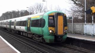 Passenger Trains At Wivelsfield - Brighton Mainline 4/1/11