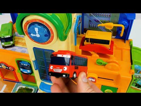 बच्चों और Toddlers के लिए सर्वश्रेष्ठ लर्निंग रंग वीडियो! लियो लिटिल बस खिलौने!
