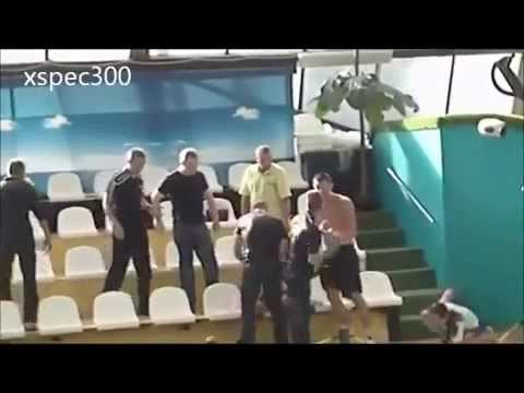 "This is Russia: ""Battle at the pool"""