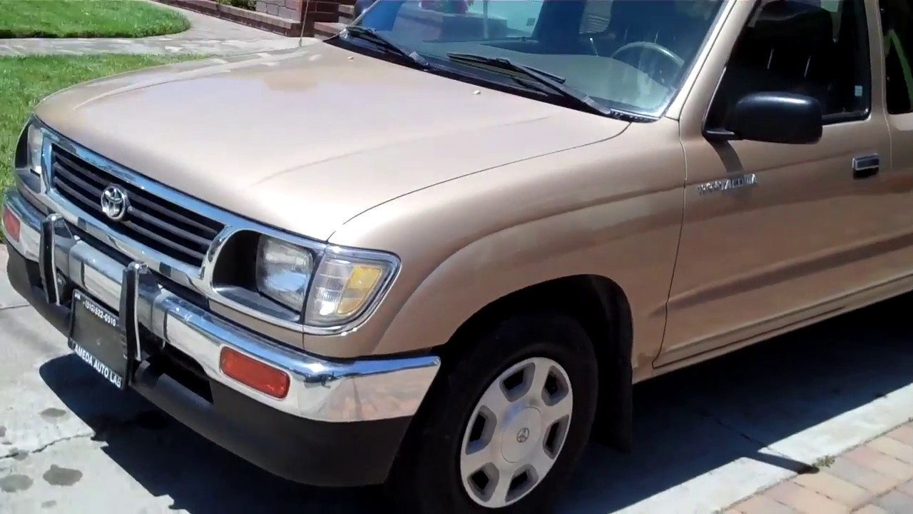 repainting my 1996 toyota tacoma pickup truck before and after  [ 1280 x 720 Pixel ]