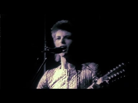 David Bowie - Lady Stardust - live 1972 (rare footage / 2017 edit)