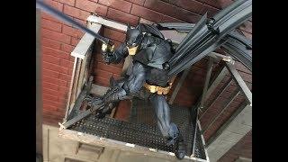 Kaiyodo Revoltech Batman Action Figure Review