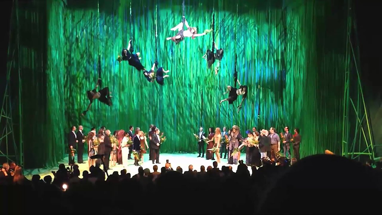 audience reaction to the premiere of the tarzan musical in stuttgart featuring phil collins. Black Bedroom Furniture Sets. Home Design Ideas
