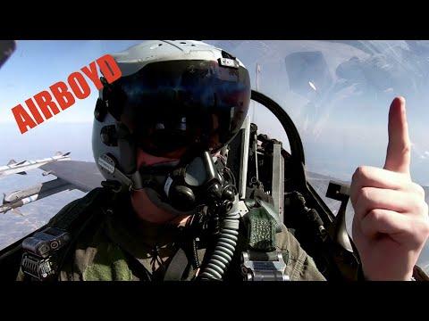 F-16 Flight •