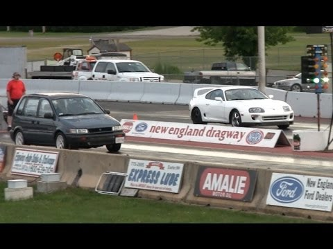 4g63 Soccer Mom destroys Supra and Mustang drag race