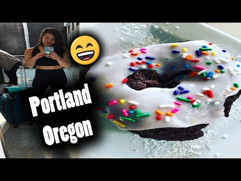 My First Donut in 5 Years... || Vegan Eating in Portland Oregon