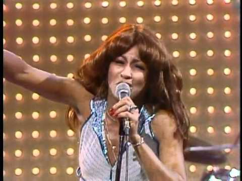 The Midnight Special 1974 - 01 - Ike & Tina Turner - Proud Mary