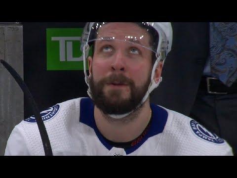 Никита Кучеров стал лучшим бомбардиром среди российских игроков в истории НХЛ...