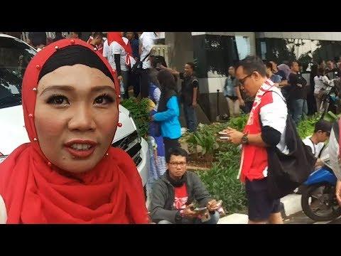 Jokowi Nonton Guns N' Roses, Emak Emak Love You Full Pak Jokowi Mp3