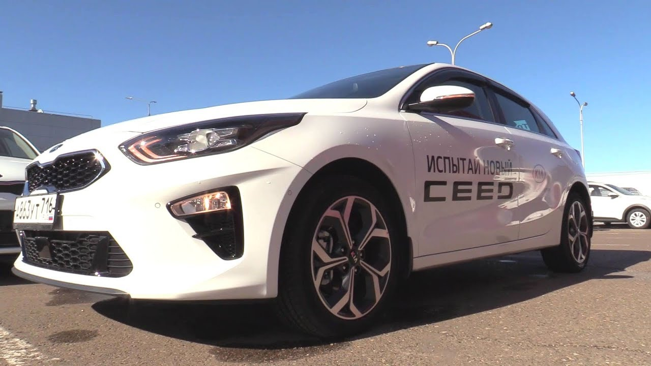 2018 Kia Ceed 1.4T-GDI DCT Premium+. Start Up, Engine, and In Depth Tour.