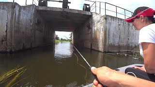 Рыбалка на Спиннинг Поймал С Первого Заброса