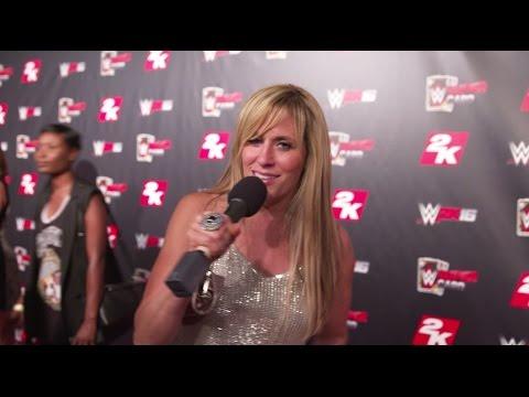 Lilian Garcia Announces Schwarzenegger Vs. Austin
