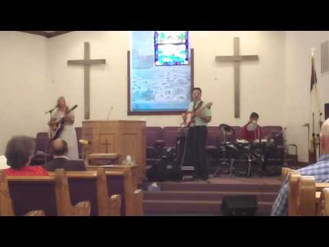 """Final Call playing """"Thank You For The Roses"""" at Oak Grove Baptist"""