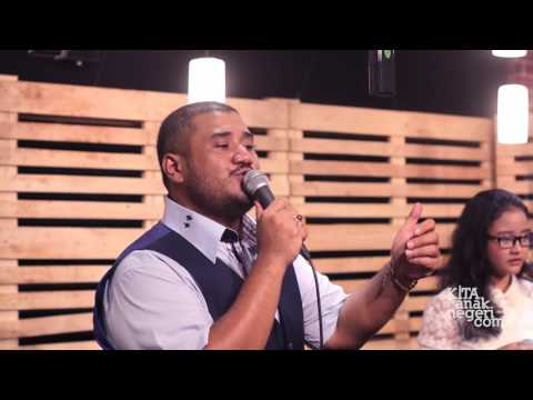 Mike Mohede ft. Thalia - I'm Your Angel - Céline Dion (Cover)