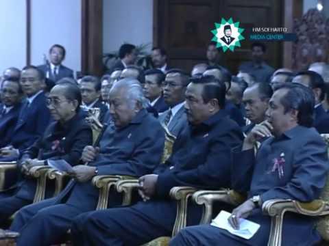 Teleconference Presiden Soeharto Pada Acara Peresmian Proyek Pertamina Dan PLN Bontang 18 Januari