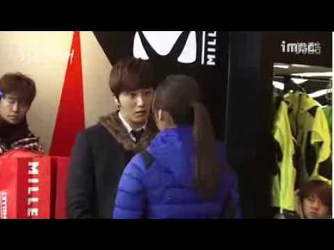 [BTS] UEE (Kim Baek Won) & Jung Il Woo (Seo Do Young) - It